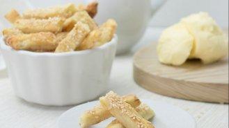 Křehké máslové tyčinky
