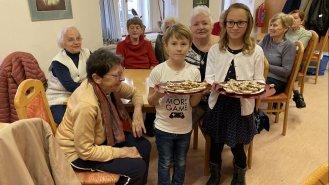 Napečte cukroví pro sebe i seniory