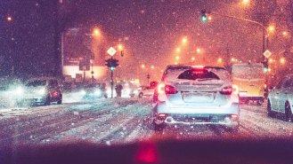 10 rad, jak jezdit v zimě bezpečně