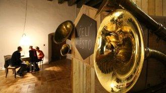 """Interaktivní výstava: """"Včela – cesta do včelího města."""""""