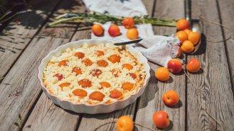 Meruňkový koláč z bramborového těsta