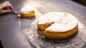 Jednoduchý dýňový cheesecake s perníkovým kořením