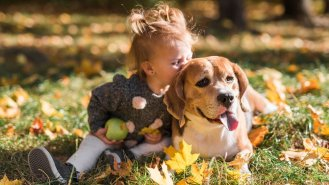 5 výhod soužití dětí a domácích mazlíčků