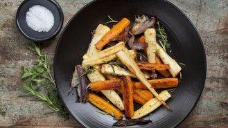 Pečený tuřín spastinákem a mrkví