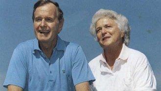 Barbara a George Bushovi: 72 let šťastného manželství