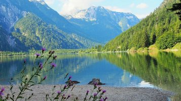 Slovinsko: Země, kde se ve stejný den můžete koupat v moři i vypravit na túru do Alp