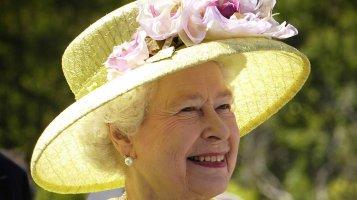 Alžběta II. (93): Na řešení rodinných problémů má manžela