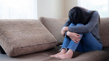 Jaro prohlubuje deprese