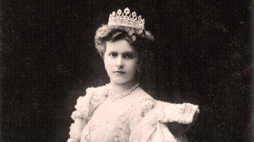 Alice zBattenbergu (†84): Matka prince Filipa a tchyně britské královny