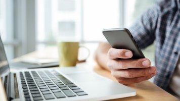 Příběh Ireny (48): Manžel je závislý na sociálních sítích