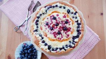 Babiččin kynutý koláč s ovocem