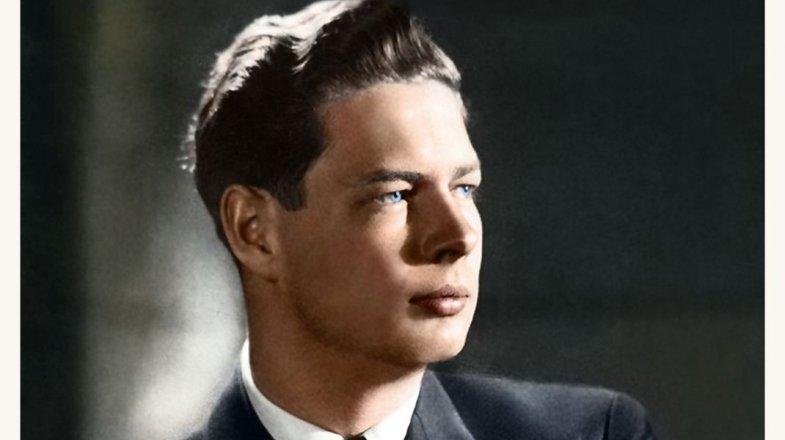 Michal I.: Rumunský král, bratranec anglické královny Alžběty II., byl poslední monarcha za železnou oponou