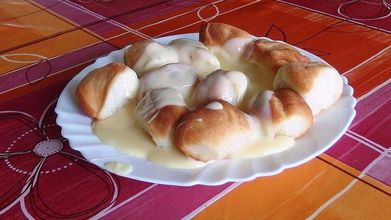 Dukátové buchtičky s vanilkovým přelivem