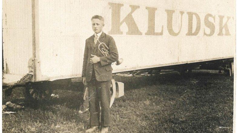 Příběh Alice (58): Šumavský praděda Vašek (nar. 1899) hrál scirkusem po celém světě