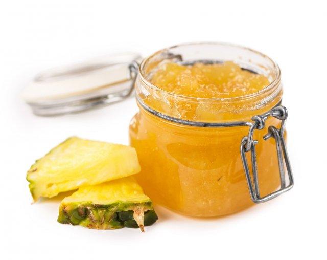Ananasový džem s kardamomem