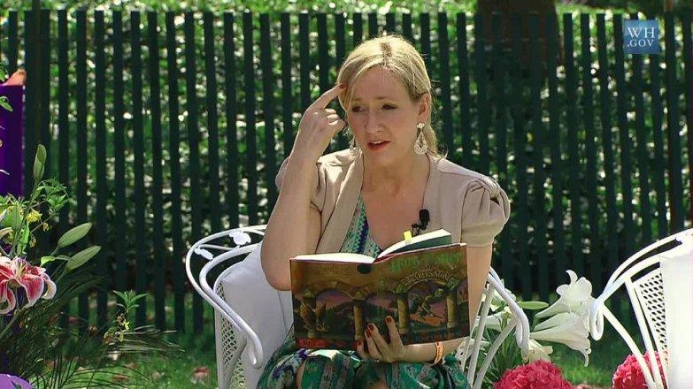 Joanne Rowling: Žena, která naučila děti znovu číst