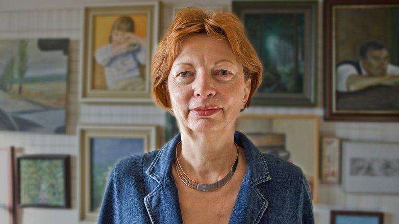 """Eva Kalenská: """"Když už něco namaluji, vždycky mám problém se svýmobrazem se rozloučit."""""""