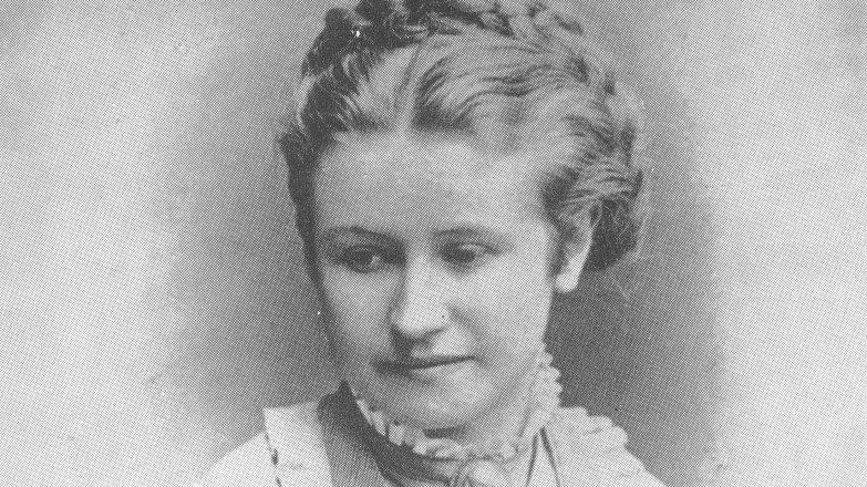 """Eliška Krásnohorská (†79): Na ženy orientovaná feministka si dala romantické jméno podle """"šlechtického"""" tatínka"""