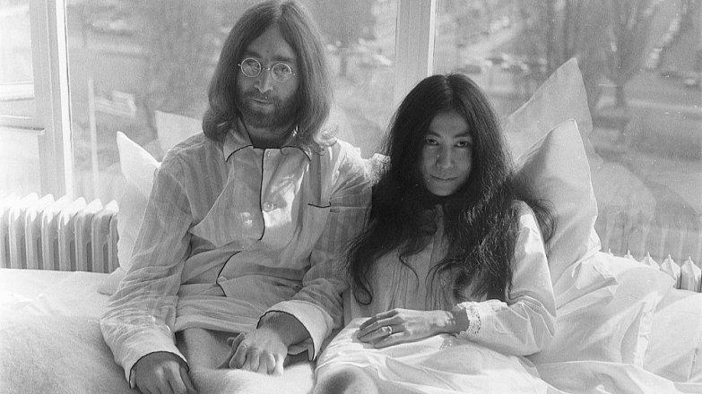 John Lennon (†40) a Yoko Ono (87): Příběh šílené lásky