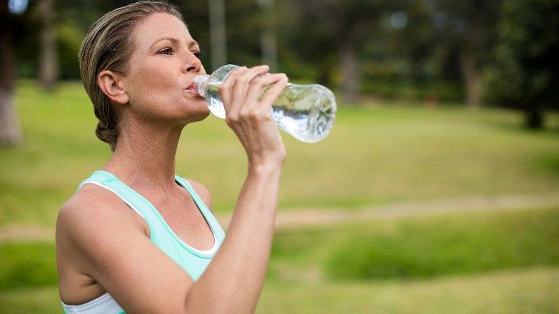 5 rad, jak správně dodržovat pitný režim