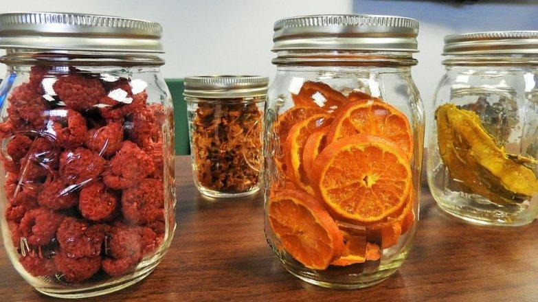 5 rad, jak sušit ovoce