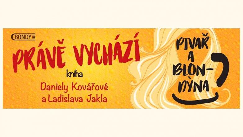 """Slavnostní """"narážení"""" knihy Pivař a Blondýna"""