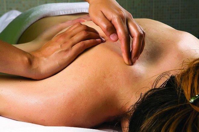 Neodborná masáž může ublížit