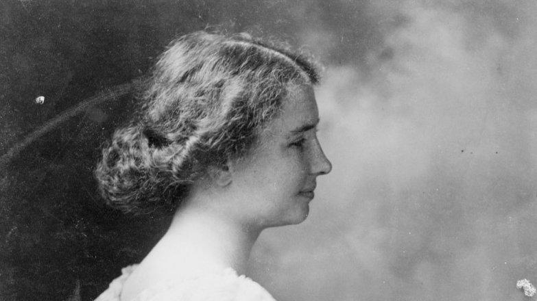 """Helen Keller (†87): Hluchoslepá žena, která získala titul """"bakalář umění"""""""