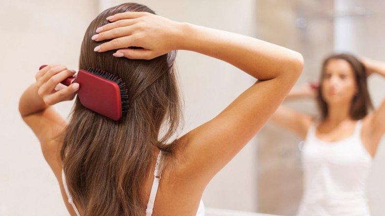 Jak na nadměrné vypadávání vlasů?
