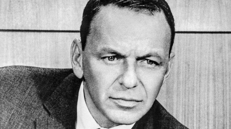 Frank Sinatra (†82): Lépe zpíval, než četl