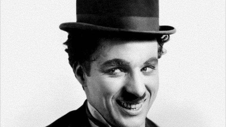 Charlie Chaplin (†88): 9 obrazů se života nenapravitelného sukničkáře