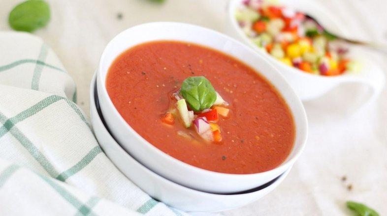 Rajčatová neboli rajská polévka