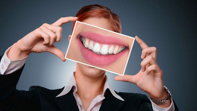 5 rad, jak předcházet zubnímu kameni