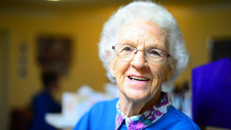 Příběh Karolíny (48): Dceřin nápadník a rozverná babička