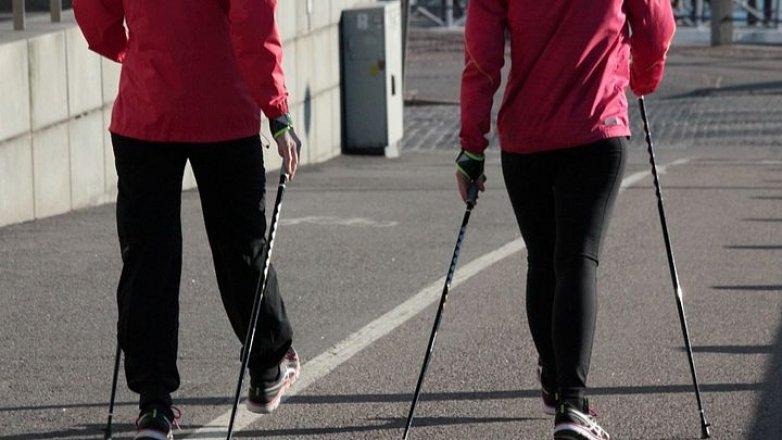 Jaké sporty jsou (ne)vhodné při bolestech zad